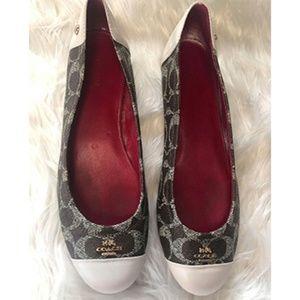 Coach Chelsea Flats Brown Cream Shoes Size 8.5